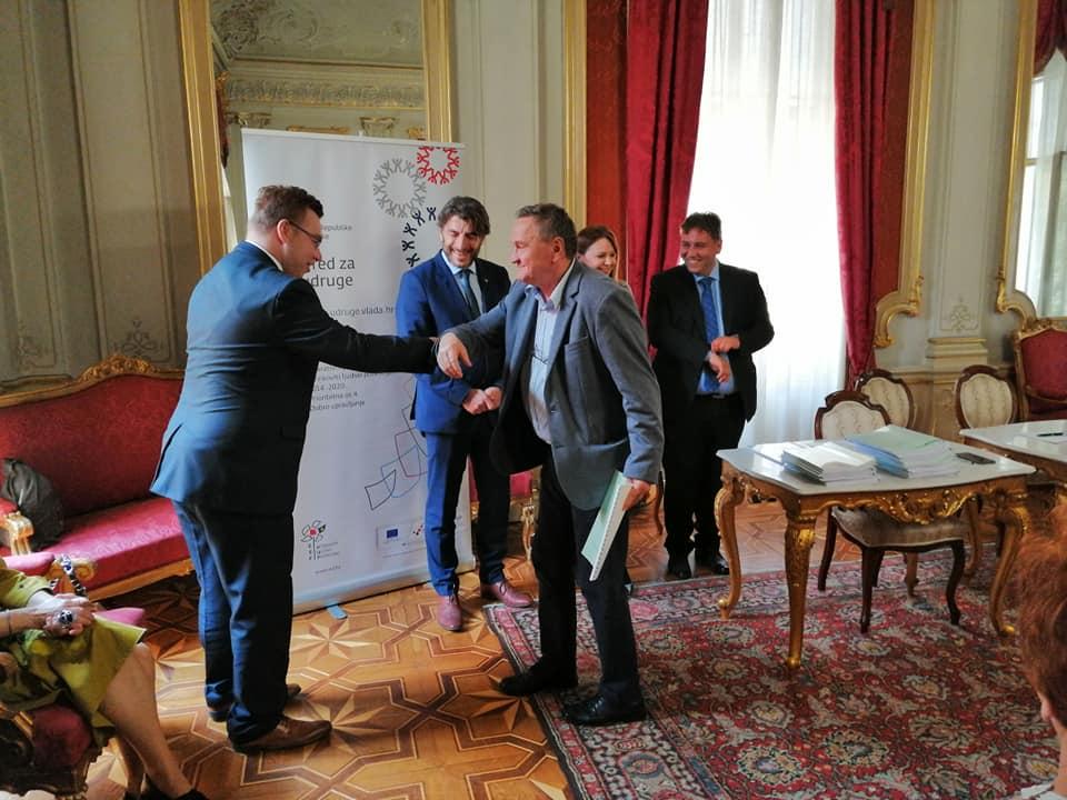 54 milijuna kuna iz Europskog socijalnog fonda za razvoj programa revitalizacije prostora u javnom vlasništvu kroz partnerstvo civilnog društva i lokalne zajednice 3
